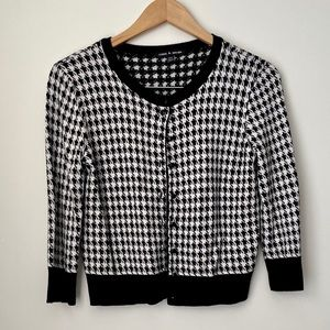 Houndstooth Cropped Cardigan/Sweater